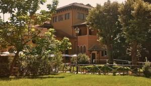 Roma-Villa-Torlonia-Limonaia-Villino-Medioevale-592x338